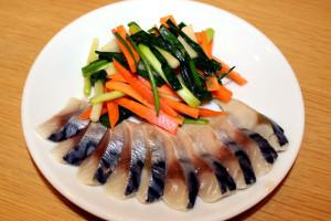 べっぴんねぎと青物魚の酢の物